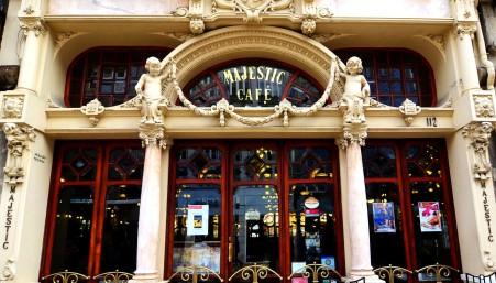 majestic-cafe