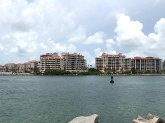 Miami 33