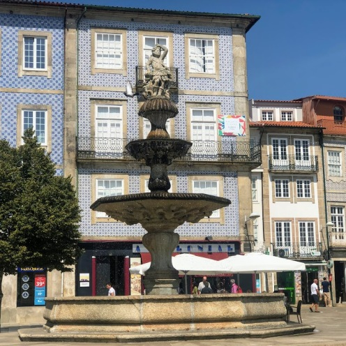 Chafariz do Largo da Porta Nova