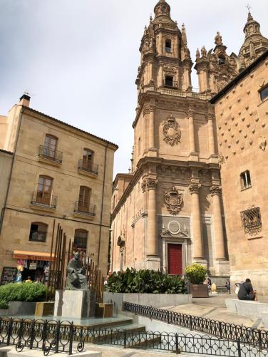Monumento ao Maetro Salinas